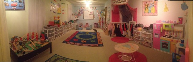 click here to see more pictures of the DAYCARE ROOM
